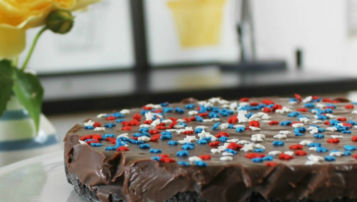 independence cake featured