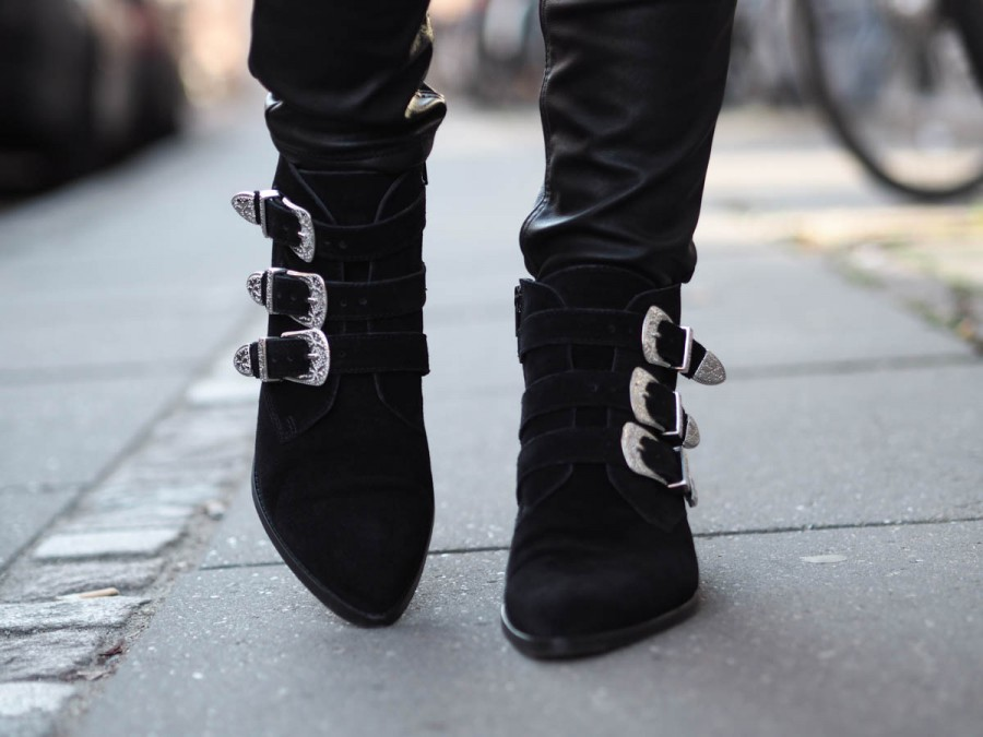 buckle boots-2
