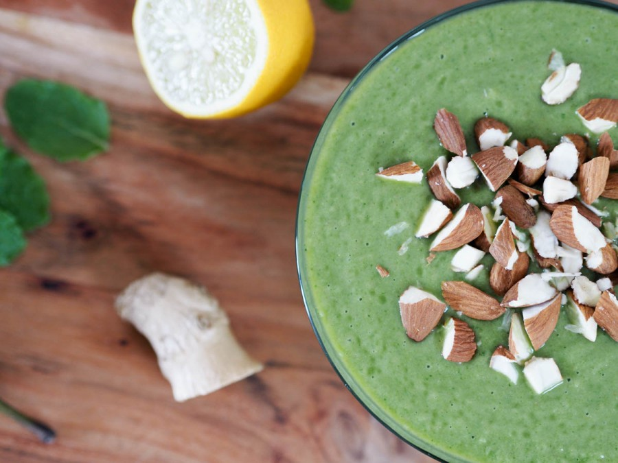 grøn morgenmadssmoothie green breakfast smoothie med mynte-1