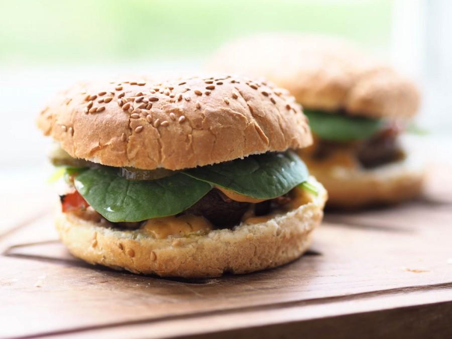 vegetarburgere med fyldte portobellosvampe-5