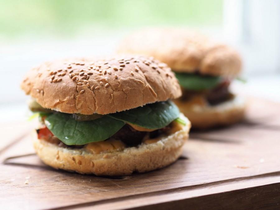 vegetarburgere med fyldte portobellosvampe-6