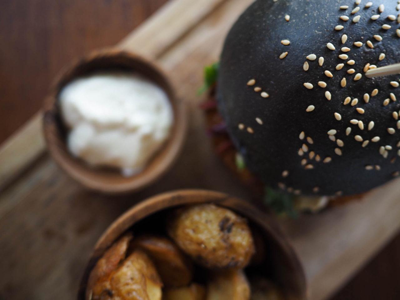 nude-vegan-burger-canggu-bali-guide-11