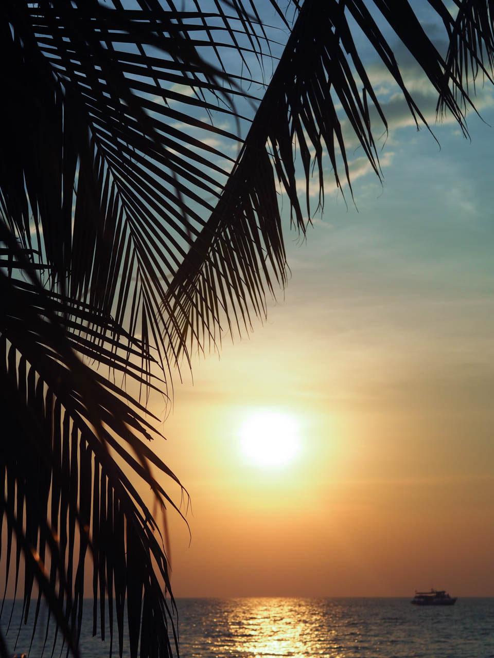 sunset jomtien pattaya